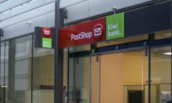 post shop and kiwi bank